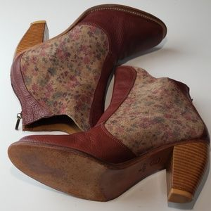 Anthropologie J Shoes- Ranch 2 Booties